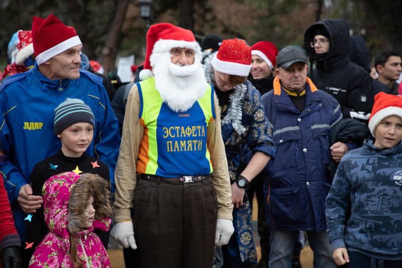 В новогоднем забеге приняли участие люди всех возрастов