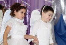 Воспитанники детского сада №1 с творческим номером. Фото: rybnitsa.org