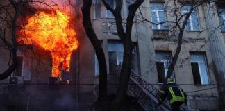 Памятник архитектуры пылает в Одессе
