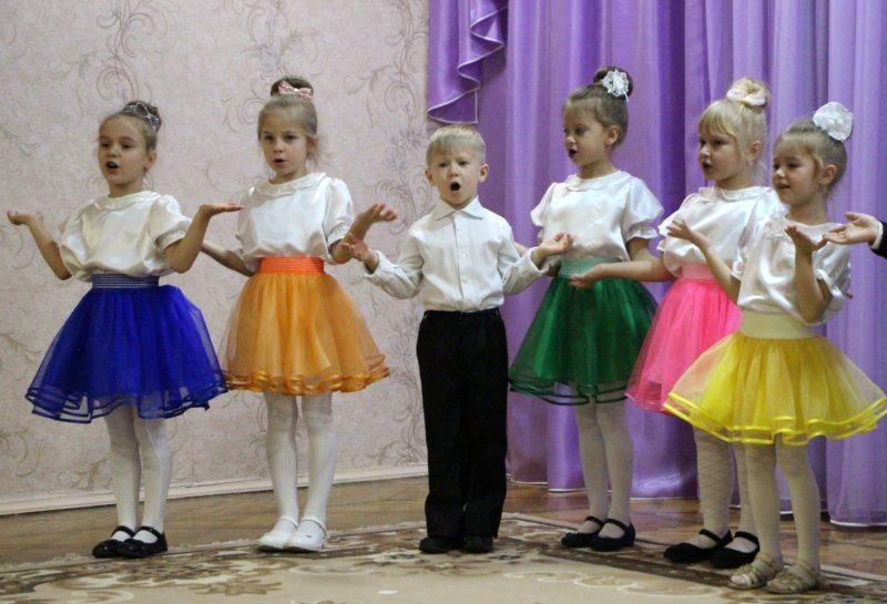 Выступление воспитанников детского сада №1. Фото:rybnitsa.org