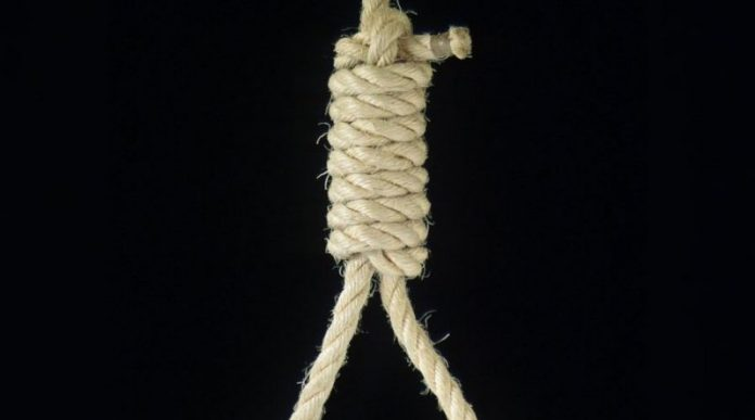 Трагедия: школьница покончила жизнь самоубийством