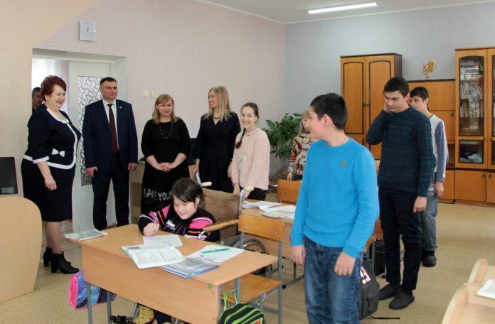 Министр соцзащиты ПМР посетила Рыбницкую СКОШ