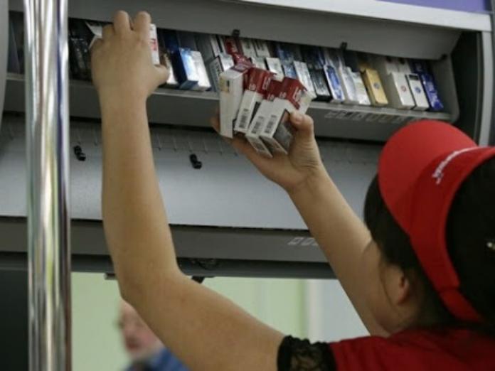 В Молдове вступает в силу регламент о запрете визуализации табачных изделий