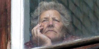 Гражданам страше 60 лет выход на улицу ограничат