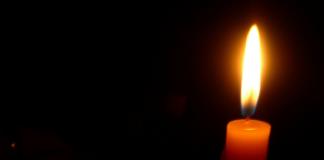 Дмитрий Босов покончил с собой в ночь на среду, 6 мая, в загородном доме в подмосковном поселке Усово.
