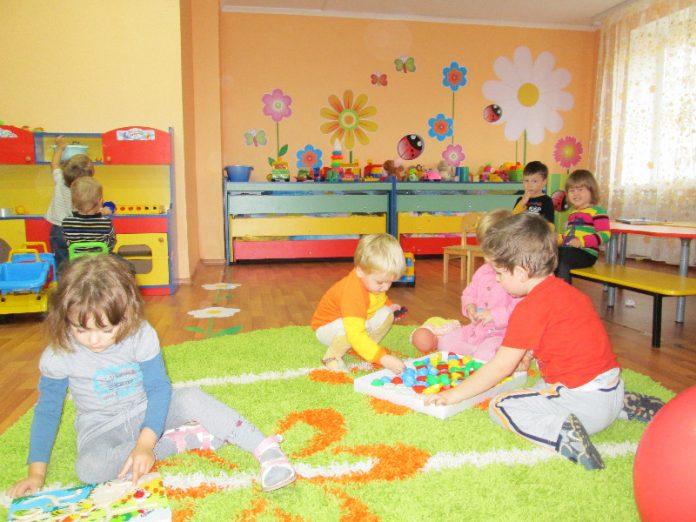 В Каменке планируют открыть детские сады