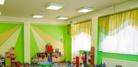 Дошкольные образовательные учреждения поэтапно возобновят работу. Фото: vk.com