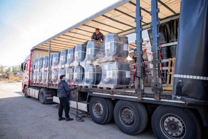 Из Приднестровья вывезли очередную партию устаревших пестицидов