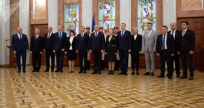 В Молдове утвержден новый состав правительства