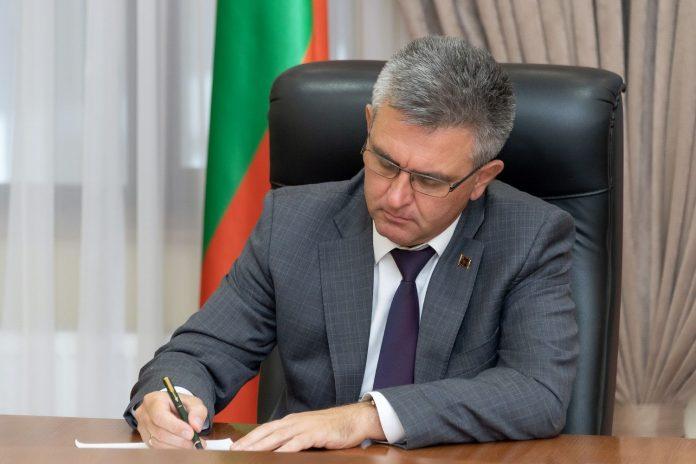 Президент ПМР Вадим Красносельский предложил продлить карантинные меры