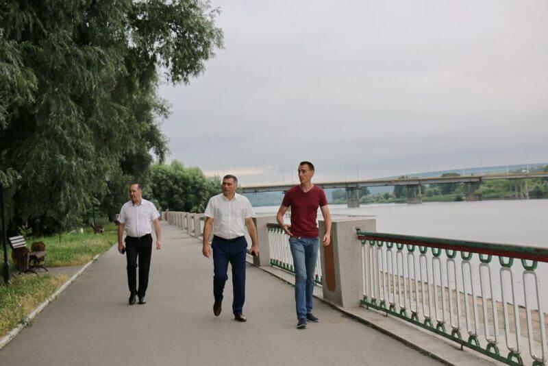 Благоустройство парковой зоны на набережной